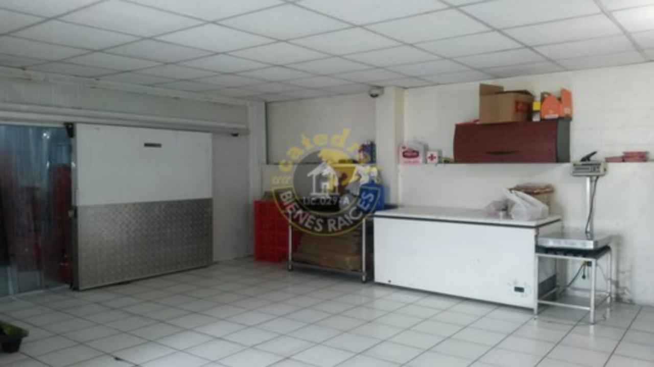 Commercial property for Sale in Guayaquil Ecuador sector Urdesa Central