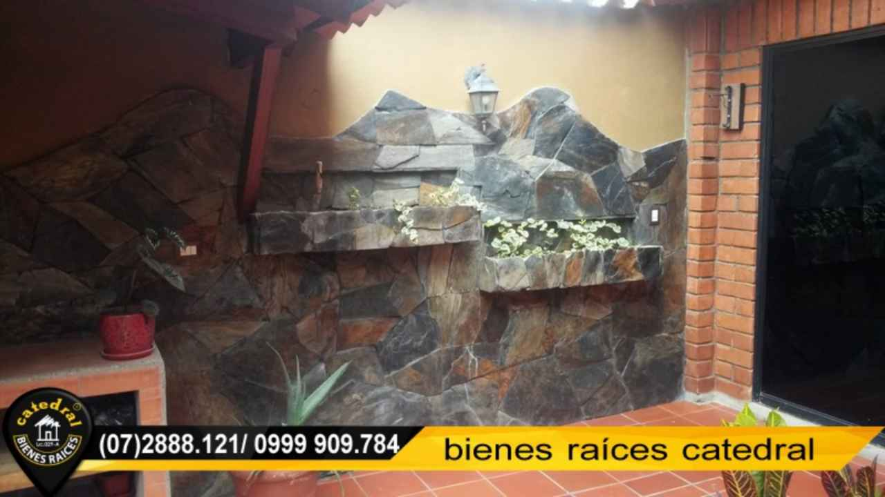 House for Sale in Cuenca Ecuador sector Eucaliptos - Gonzalez Suarez