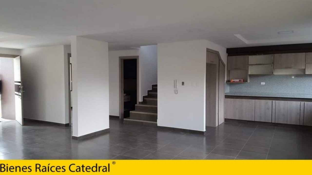 Villa Casa de Venta en Azogues Ecuador sector Barrio la Esperanza