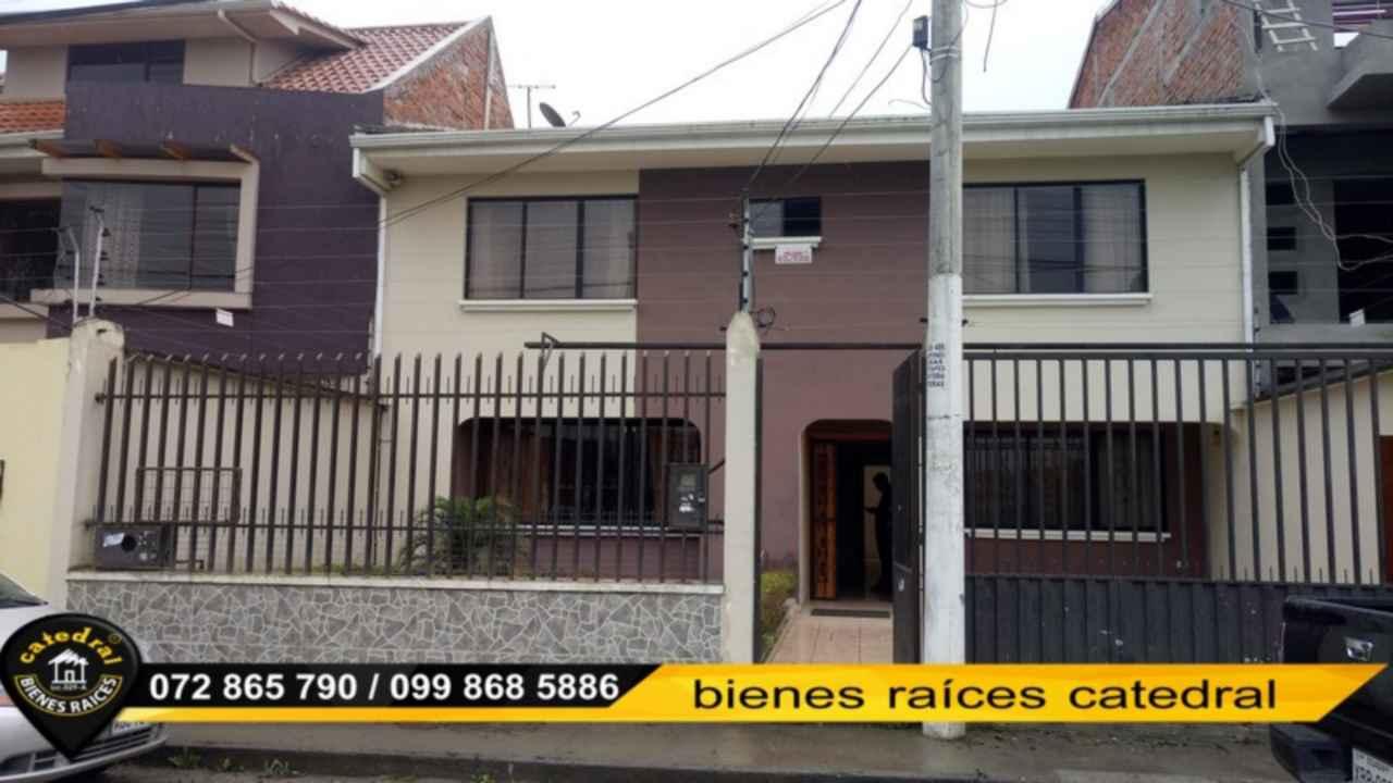 House for Rent in Cuenca Ecuador sector Cdla. Simon Bolivar - Colegio Borja