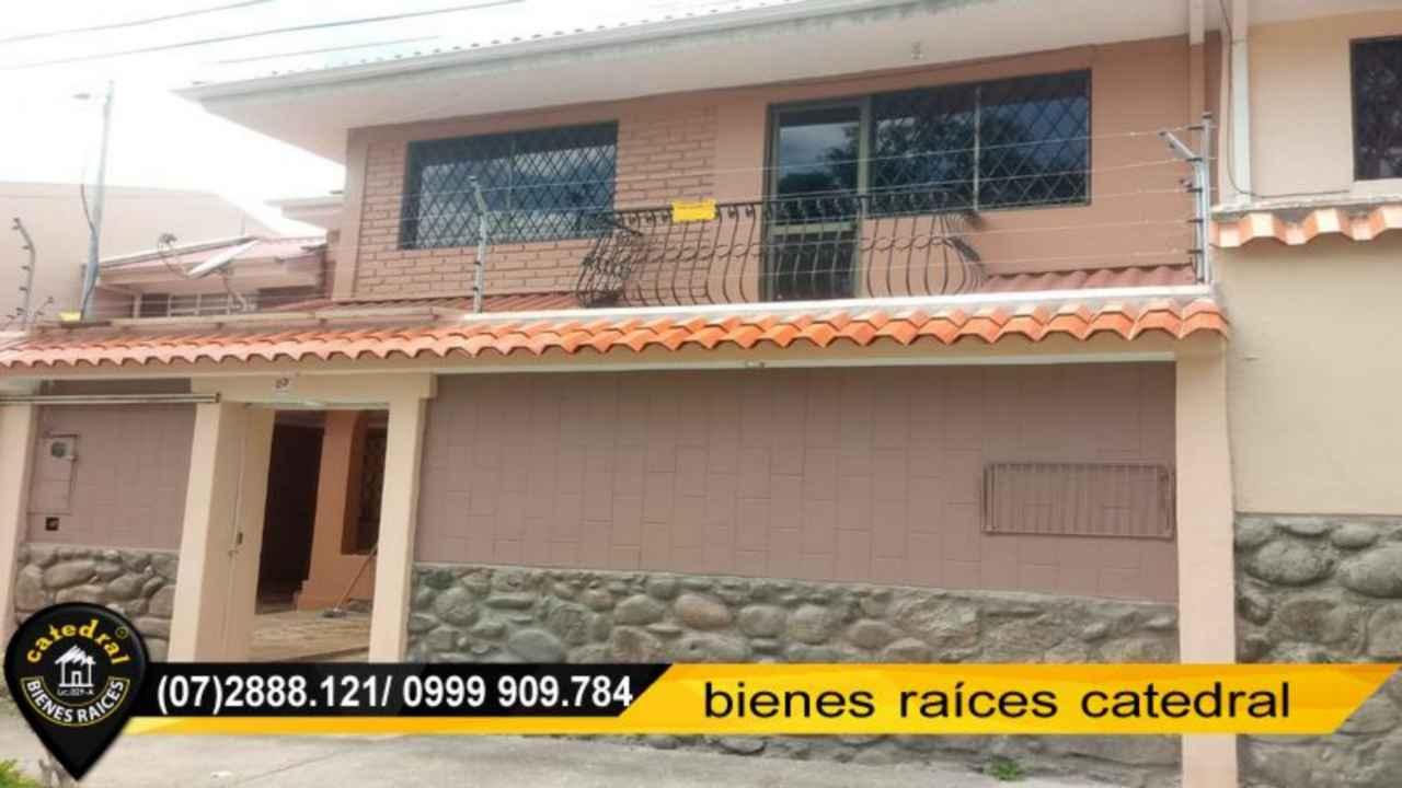 House for Rent in Cuenca Ecuador sector Remigio Crespo - Feria Libre