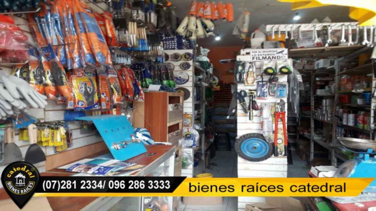 Commercial property for Sale in Cuenca Ecuador sector Av Loja