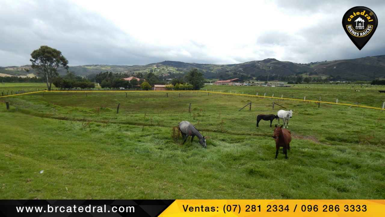Land for Sale in Cuenca Ecuador sector El Cruce de Cumbe