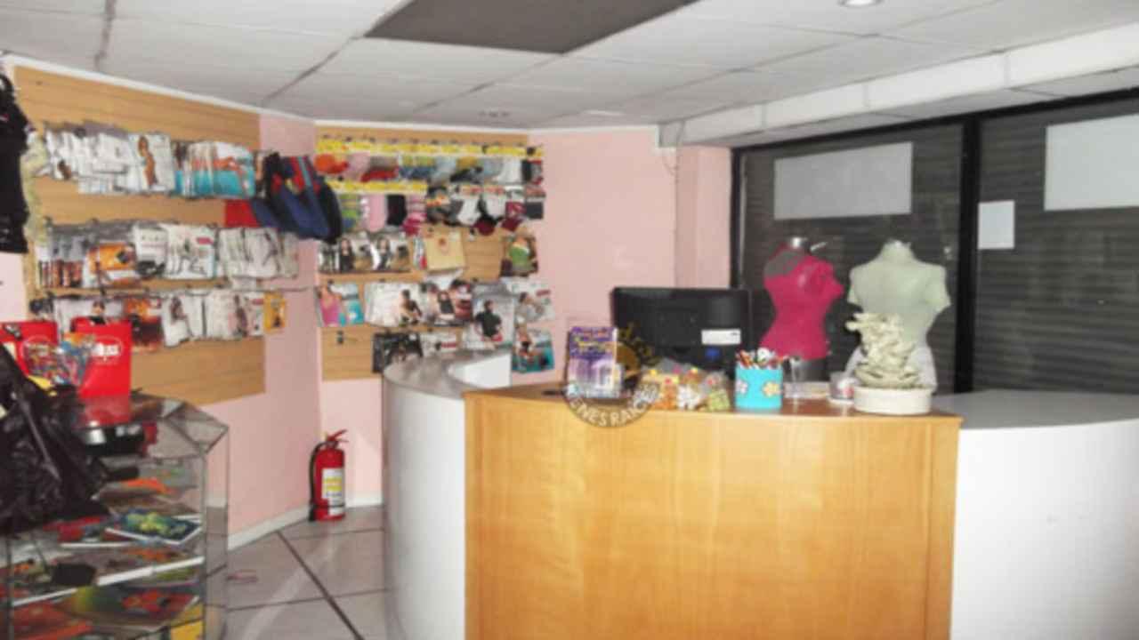 Commercial property for Sale in Cuenca Ecuador sector Centro de Cuenca - Huayna Capac